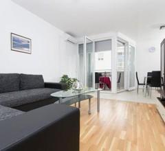 Apartment West 1