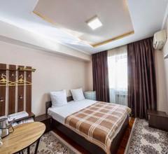 BAYANA Hotel & Hostel 1