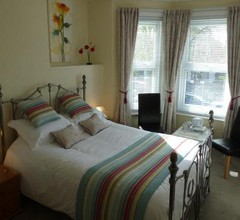 Stour Lodge Guest House 2