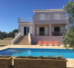 Luxury Villa in Kamaria Peloponnese with Swimming Pool 2