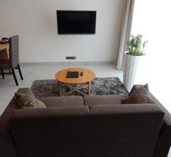MG Restaurace/Luxury Apartments 2