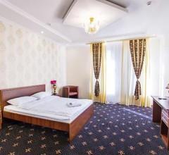 Hotel Golden Night 2