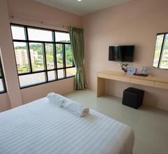 JJ Residence Phuket Town 1