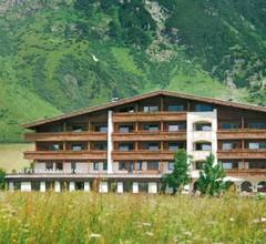 Alpenhotel Tirol 2