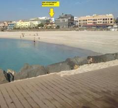 Zen Apartment Playa Chica 2
