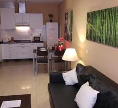 Zen Apartment Playa Chica 1