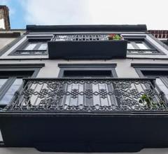 Cílio House 2
