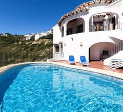 Villa Maxey 2