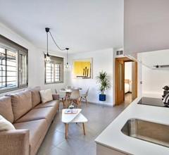 Poble Espanyol Apartments 1