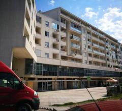 Apartment Aurora 2