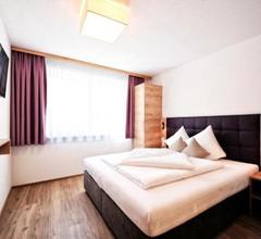 Amaris Apartments 1