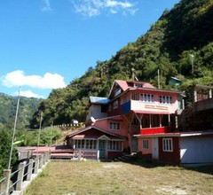 Youth Hostel Sirikhola 1