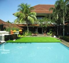 Hotel Serrata Semarang 1