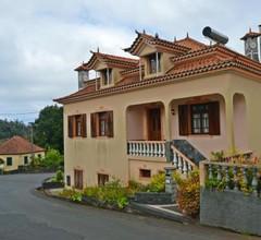 Santana Charming House 2