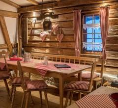 Hütte Almrausch 2