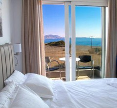 Aegean Horizon Beachfront Villas 1