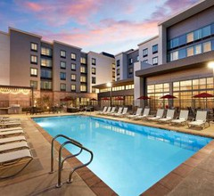 Homewood Suites by Hilton Long Beach Airport 2