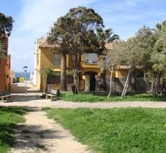 Casa adosada con jardín 1