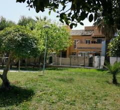 Casa adosada con jardín 2