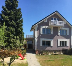 House Apartmentshumpolec + Garden 2