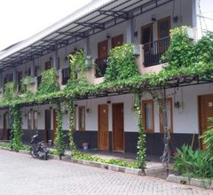 Taman Paradise Guest House 1