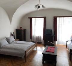 Apartman Bécsi utca 1