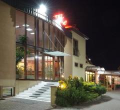 Motel Paradise 2