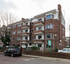 Spacious Flat Minutes from Kings Cross 1