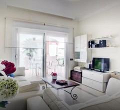 Apartamento con Jardin 1