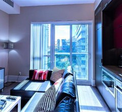Upscale Suite at CN Tower, Metro Convention & Rogers Centre 1