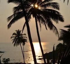 Cola Beach Sunset Bay 2