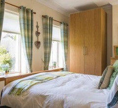 Honeysuckle-Peaceful Scottish Cottage with Hot Tub 2