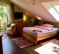 Guest Room in Stuttgart-Nord 1
