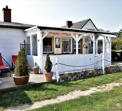 Cozy Bungalow in Insel Poel Germany Near Beach 2