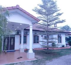 Homestay Villa Solihin Sungai Buloh 1