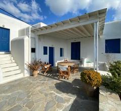Mykonos Scorpion Beachfront Villa & Suites 2