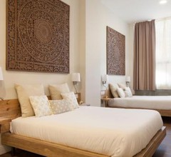 Hotel Radha 2
