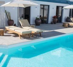Edem II apartamento de diseño vista mar piscina climatizada by Lightbooking 2