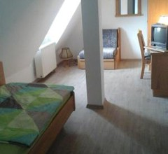 Room In The City Russotto 1
