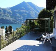 Charming Villa with Lake view in Moltrasio 1
