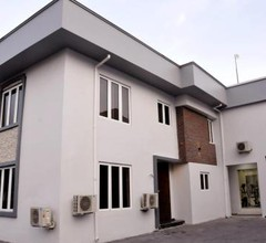 Box Residence 1