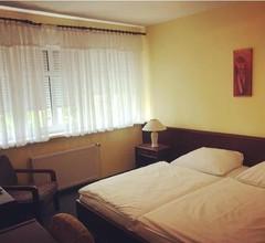 Hotel Mati im Landhaus Falkensee 2