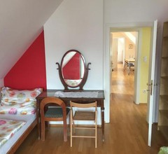 Country House - Room 2