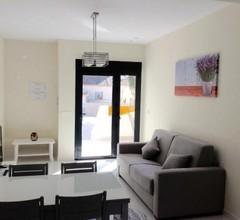 Dream Hills ll Neue Wohnung 6 Personen mit Privatem Pool mit Terrasse 2