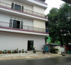 OYO 1478 Clean & Comfort Residence 1