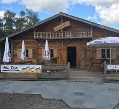 Oktoberfest Wiesn Camp Lodge 2