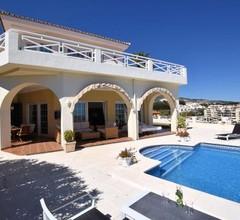 Luxury Villa with Private Pool near Sea in Benalmadena 2