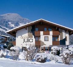 Apart Julia 1