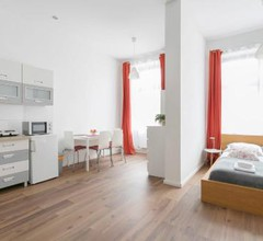 Family Studio Apartment for 4 1