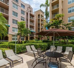 Yacht Club at Aventura 1 Bd 1 Bth Brand New 2